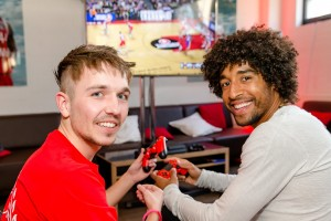Dante NBA2k Celebrity Marketing Think Out of the box Prominenter Promi
